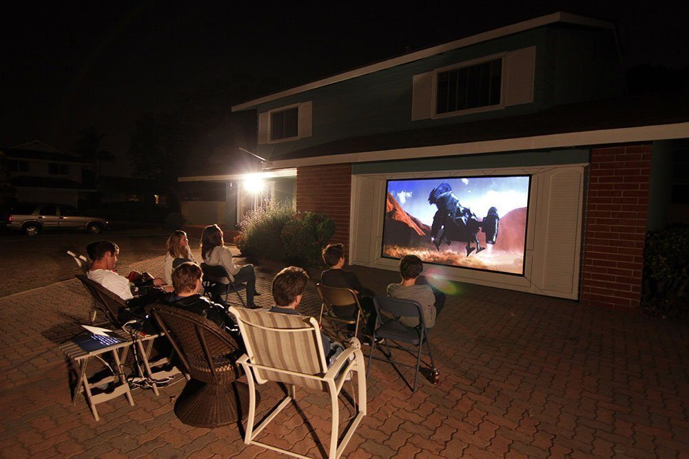 Blow Up and Inflatable Screens 2019 - Reviews and Buyers Guide