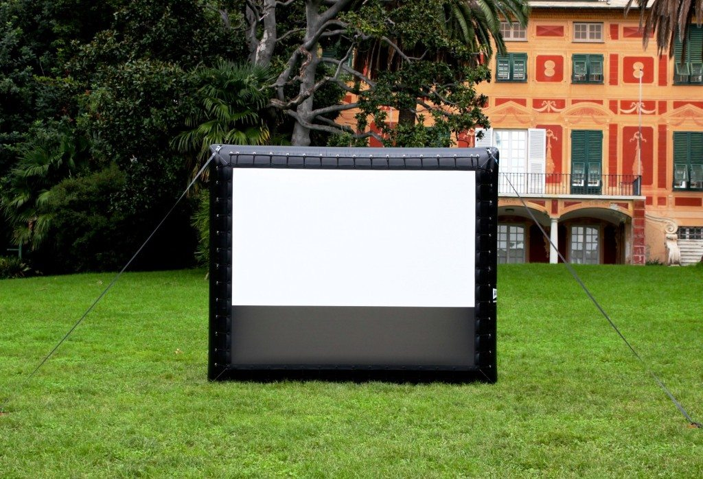 Cleaning your Outdoor Theater Screen: