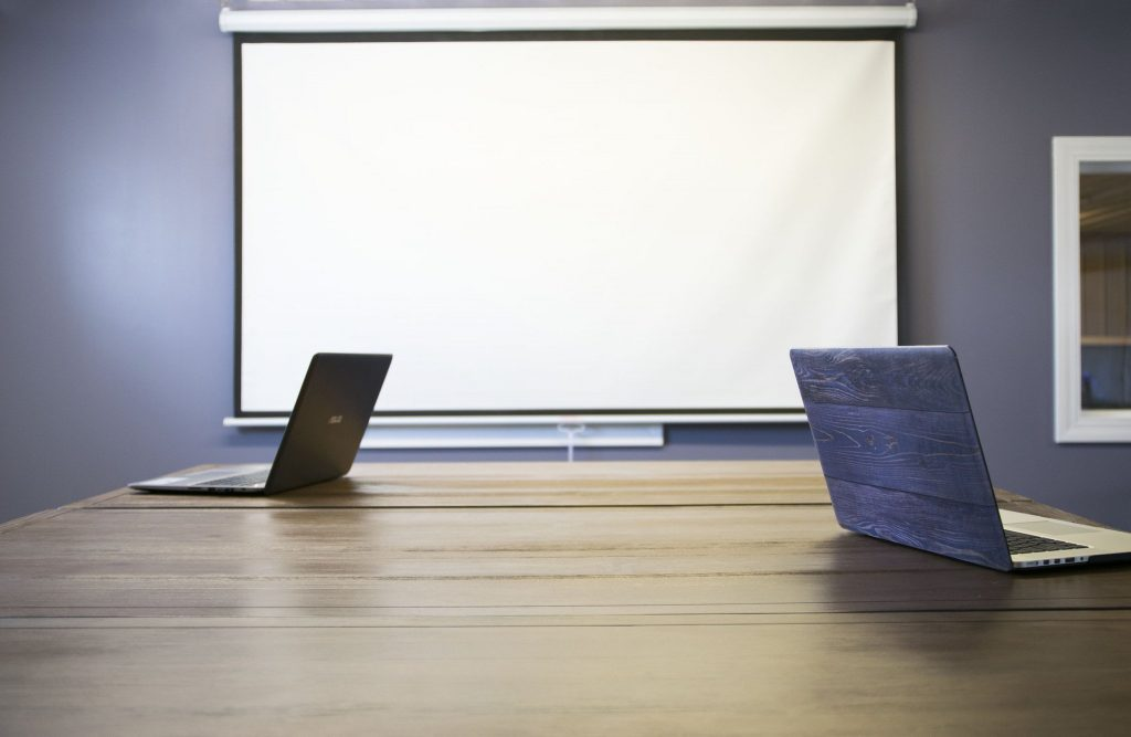 VIVO 100 inch projector screen