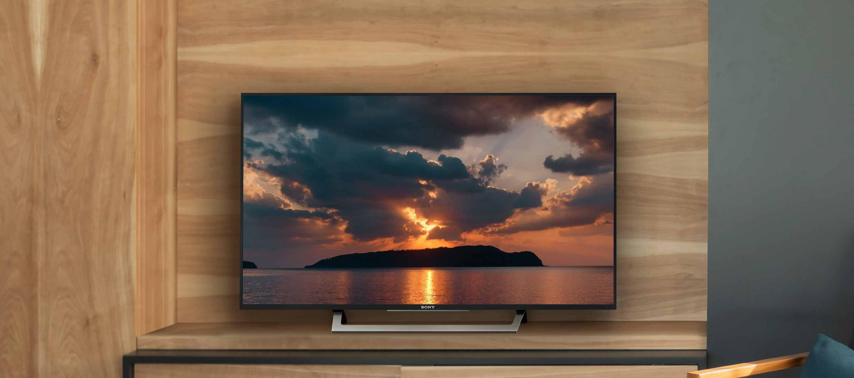 a picture of a sony 43 inch tv on a wooden desk
