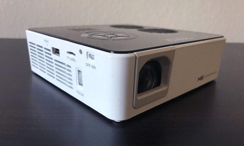 AAXA M5 projector angle view