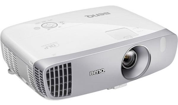 BenQ HT2050A projector angle view