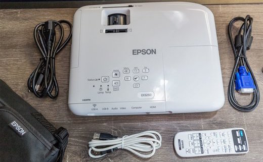 Epson EX3260 projector complete package