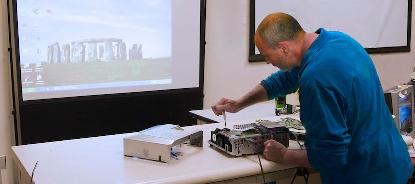 how to repair a projector