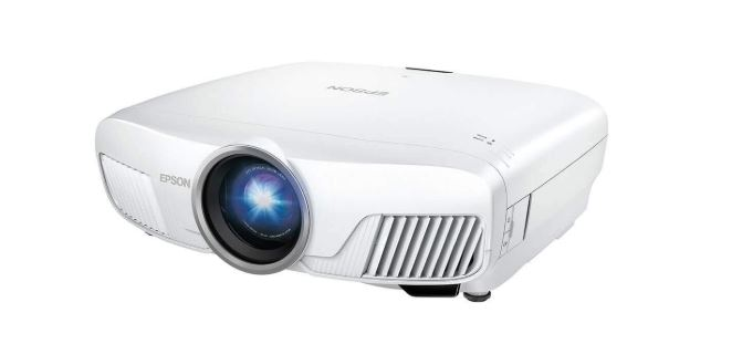 Epson Home Cinema 5040UB Front