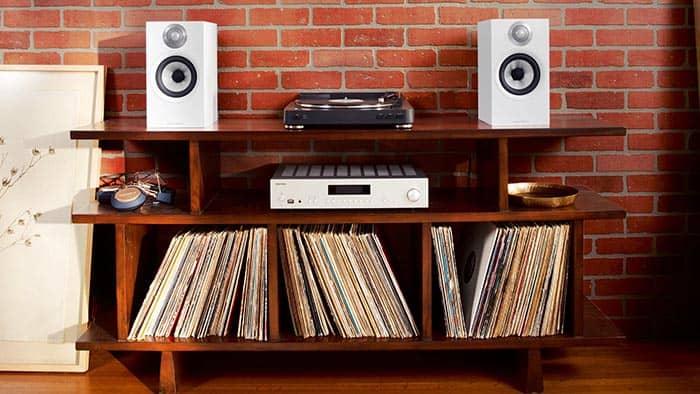 how to choose bookshelf speakers 3